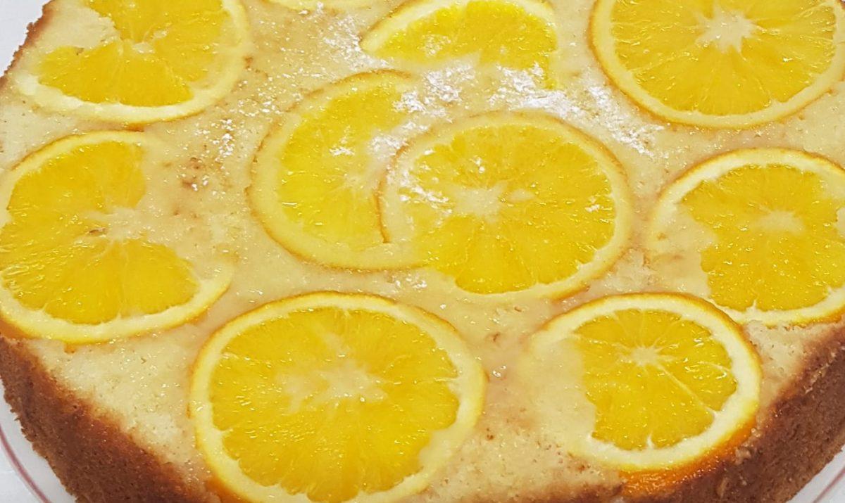 עוגת תפוזים הפוכה ומפנקת של דבי ואזנה 1 עוגת תפוזים הפוכה ומפנקת של דבי ואזנה